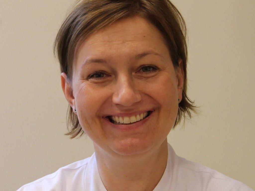 Dr Alicja Nowowiejska-Wiewióra